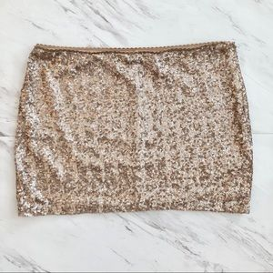 Forever 21 Champagne sequin mini skirt 🥂💕